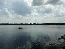 Rio Voronezh em Lipetsk antes da tempestade foto de stock royalty free