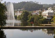 Rio Vouga, Termas de S Pedro hace Sul Foto de archivo