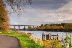 Rio Wansbeck acima do norte Seaton Railway Viaduct Fotografia de Stock