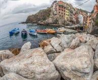 Riomaggiore, Cinque Terre, Italie - location de bateau Photo stock