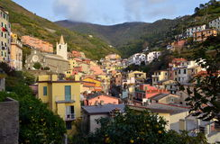 Riomaggiore, Cinque Terre, Liguria, Italie. Riomaggiore fisherman village in sunny weather. Riomaggiore is one of five famous colorful villages of Cinque Terre Stock Image