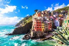 Riomaggiore, een dorp in Cinque Terre, Itali? stock fotografie