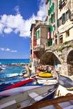 Riomaggiore Fischerdorf in Cinque Terre Stockbild