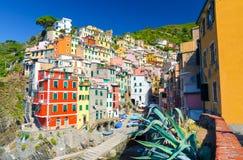Riomaggiore tradycyjna typowa Włoska wioska rybacka w parku narodowym Cinque Terre fotografia stock