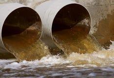 Rioolafvoerkanalen Royalty-vrije Stock Afbeeldingen