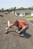 Riparazione del tetto Fotografia Stock Libera da Diritti
