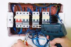 Riparazione della pianta elettrica immagini stock libere da diritti