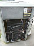 Riparazione della pompa di calore del condizionatore d'aria Immagine Stock Libera da Diritti