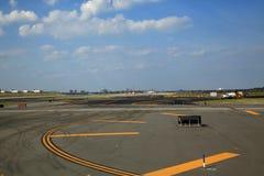 Riparazioni della pista dell'aeroporto Immagine Stock Libera da Diritti