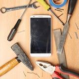 Ripari la composizione nel telefono cellulare Fotografie Stock Libere da Diritti