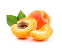 Ripe apricots with slice Royalty Free Stock Photos