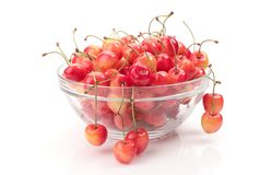 Ripe cherry in bowl Stock Photography