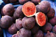 Ripe figs at street market Royalty Free Stock Photos