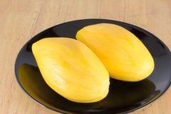 Ripe mango ready to eat Royalty Free Stock Photos