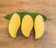 Ripe mangoes Royalty Free Stock Image