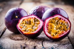 Ripe organic passion fruit Royalty Free Stock Photography