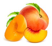 Ripe peaches. Whole and slices Royalty Free Stock Photos