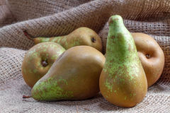Ripe pears on sacking Royalty Free Stock Photography