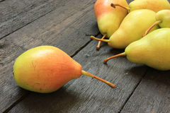 Ripe pears on wooden background Royalty Free Stock Photography