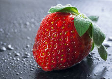 Ripe wet strawberries Royalty Free Stock Images