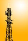 Ripetitore di comunicazione del telefono mobile fotografie stock