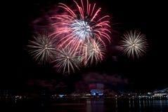 2016-07-02 ripetizione dell'esposizione dei fuochi d'artificio di festa nazionale di Singapore Immagini Stock Libere da Diritti