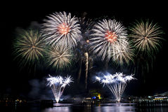 2016-07-02 ripetizione dell'esposizione dei fuochi d'artificio di festa nazionale di Singapore Fotografie Stock