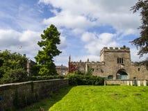 Ripley是一个村庄和民用教区在北约克郡在英国,在Harrogate北部的一些英里 建于的城堡第15 免版税图库摄影