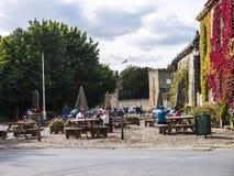 Ripley é uma vila e uma paróquia civil em North Yorkshire em Inglaterra, algumas milhas ao norte de Harrogate Um castelo que data Fotos de Stock Royalty Free