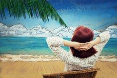 Riposando sulla spiaggia Immagine Stock