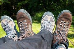 Riposo facendo un'escursione gli stivali Fotografia Stock Libera da Diritti