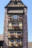 Riquewihr法国,与花的窗口 库存图片