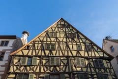 RIQUEWIHR, FRANKRIJK EUROPA - 24 SEPTEMBER: De half betimmerde bouw Royalty-vrije Stock Fotografie