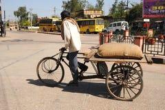 Riquexó de ciclo. Índia. fotografia de stock