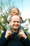 Rire bébête et rebondissement Photos libres de droits
