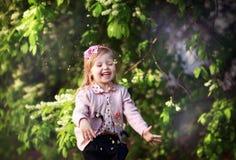 Rire de fille d'enfant Image libre de droits
