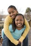 Rire de soeurs et de meilleurs amis d'afro-américain Photos libres de droits