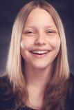 Risa adolescente de la muchacha Fotos de archivo