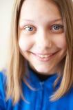 Risa adolescente de la muchacha Fotos de archivo libres de regalías