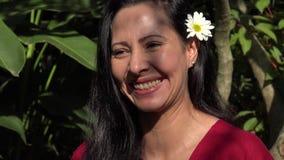 Risa bonita de la mujer de Latina metrajes