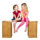 Risa de dos niños Imagenes de archivo