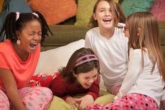 Risa de las niñas fotos de archivo libres de regalías