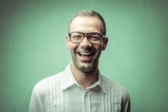 Risa del hombre joven imagen de archivo