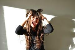Risa hermosa alegre de la mujer Foto de archivo libre de regalías