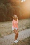 Risa hermosa de la muchacha Fotografía de archivo libre de regalías