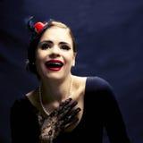 Risa retra hermosa de la mujer Fotos de archivo libres de regalías