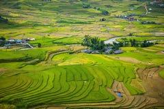 Risaie su a terrazze I campi sono preparati per la piantatura del riso Lim Mong, Huyen Mu Chang Chai, Vietnam del Nord immagine stock libera da diritti