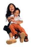 Risata del ragazzo e della ragazza Fotografie Stock