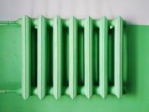 Riscaldamento centrale delle batterie del radiatore fotografie stock