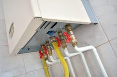 Riscaldamento domestico con la caldaia elettrica fotografia stock
